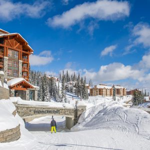 Ski-in, ski-out access from Stonebridge Lodge