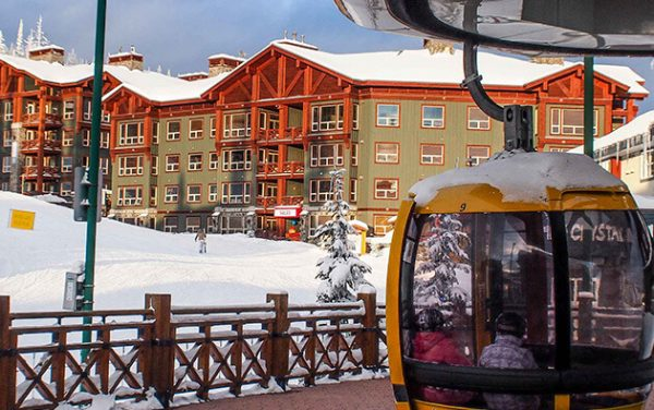 Stonebridge Lodge is just steps to the village centre and gondola