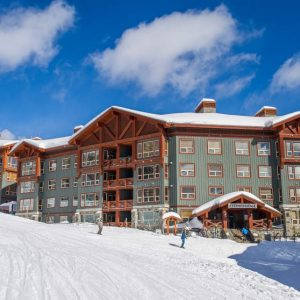 Stonebridge Lodge, Big White Ski Resort