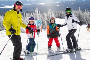 Ski activities at Stonebridge Big White
