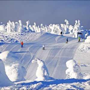 Ski trails at Stonebridge Big White