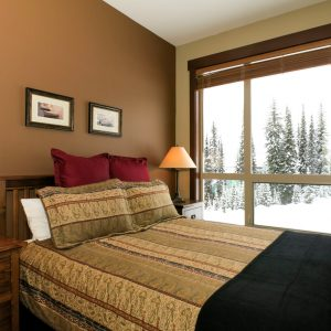Stonebridge Lodge Bedroom overlooking Easy Street Home Run