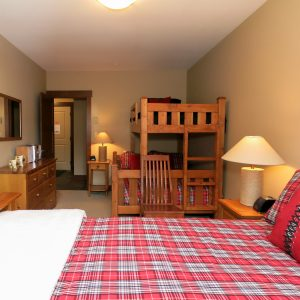 Stonebridge Lodge Bedroom with bunks