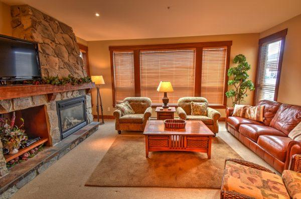 Stonebridge One Bedroom with Hot Tub-SB1106-LivingRoom