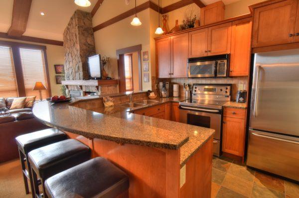 Stonegate Resort - Two Bedroom plus Loft - Kitchen