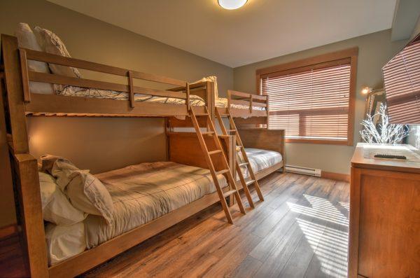 Stonegate Resort - 2 sets of Bunk beds - 3 Bedroom condo