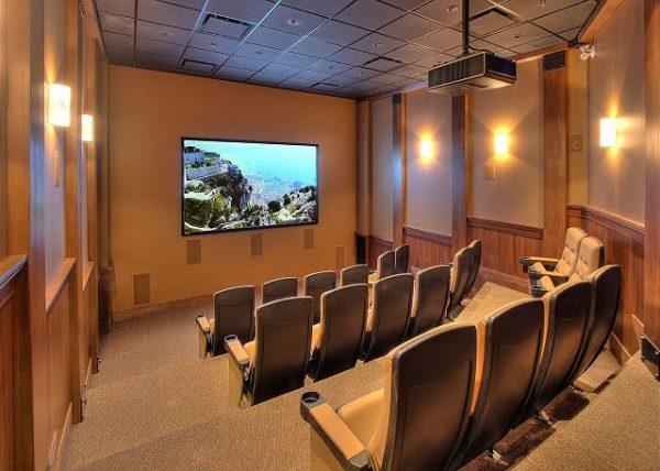 Stonegate Resort Cinema